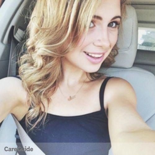 Canadian Nanny Provider Alix L's Profile Picture