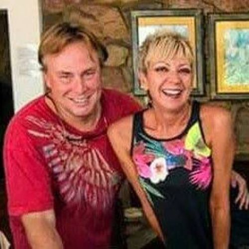 House Sitter Provider Lisa & Roger B's Profile Picture