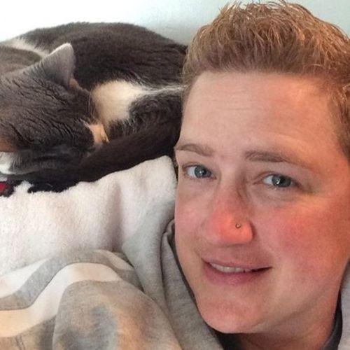 Pet Care Provider Jo F's Profile Picture