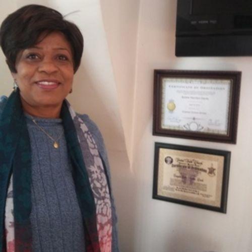 Elder Care Provider Bobbie H's Profile Picture