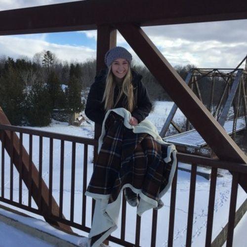 Canadian Nanny Provider Mackenzie Deseure's Profile Picture