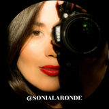 I am a creative and dedicated contemporary photographer based in Montreal, QC.