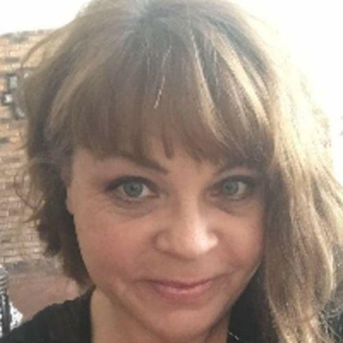 House Sitter Provider Rachel Henderson's Profile Picture