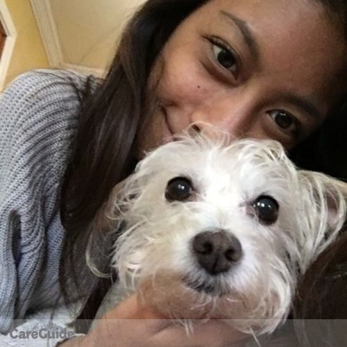 Pet Care Provider Sarah Reyes's Profile Picture