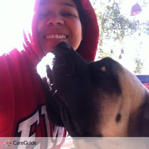 Pet Care Provider Zoe Romero's Profile Picture