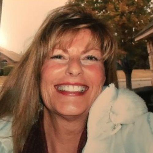 Pet Care Provider Denise H's Profile Picture