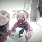 Stay at home mom looking to help out another family!