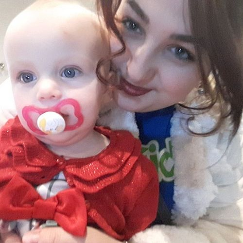 Canadian Nanny Provider Mackenzie H's Profile Picture