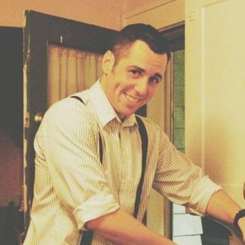 House Sitter Provider Thomas Burnett's Profile Picture