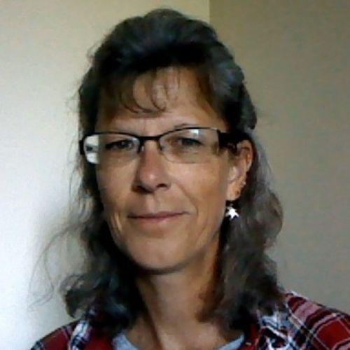 House Sitter Provider Lesa R's Profile Picture