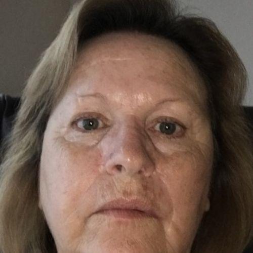Pet Care Provider Joyce J's Profile Picture