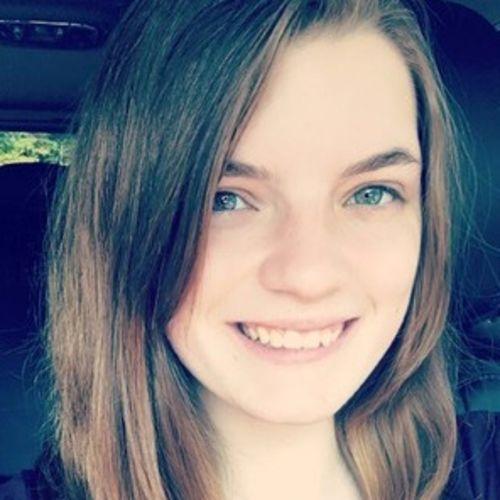 Pet Care Provider Elizabeth Whalen's Profile Picture