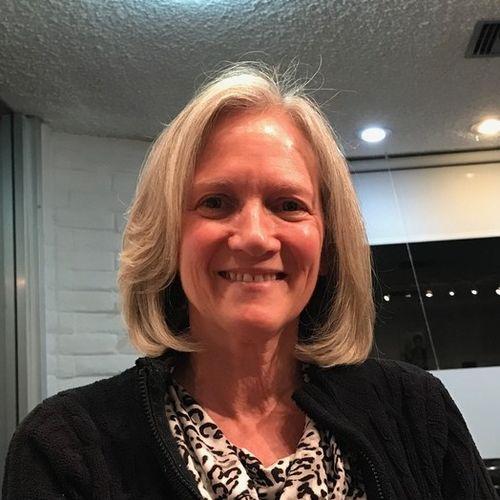 House Sitter Provider Debora Chasse's Profile Picture