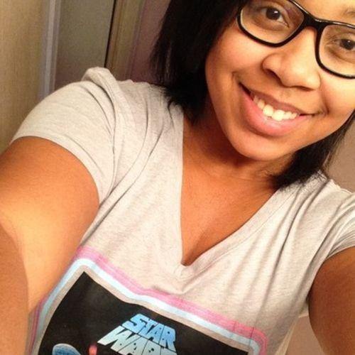 Housekeeper Provider Xiya Akande's Profile Picture