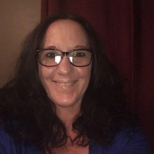 House Sitter Provider Tracie Robertson's Profile Picture