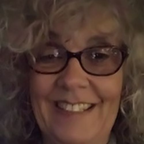 House Sitter Provider Lisa Hard's Profile Picture