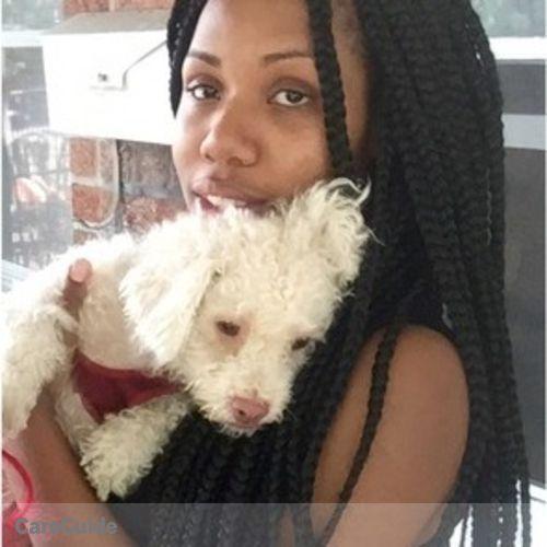 Pet Care Provider Emmanuela B's Profile Picture