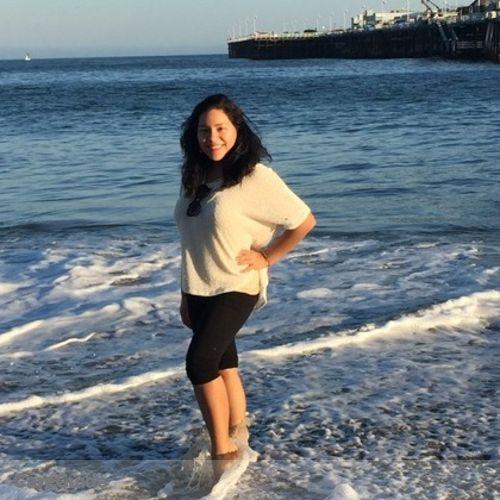 House Sitter Provider Elizabeth Lopez's Profile Picture