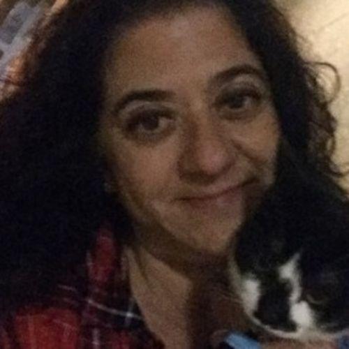 House Sitter Provider Melissa V's Profile Picture