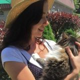 Loving Veterinary Assistant that provides in home Pet Care