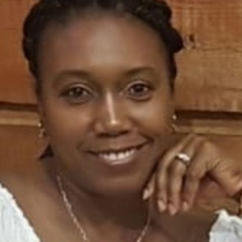 Elder Care Provider Simone S's Profile Picture
