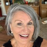 Bonita Springs House Sitting Professional Interested In Being Hired in Florida