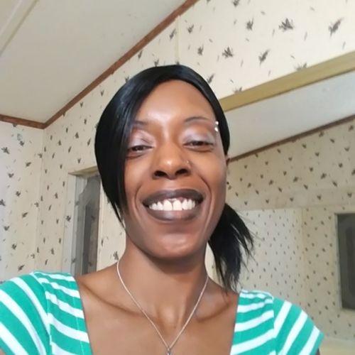 Housekeeper Provider Fershunda M's Profile Picture