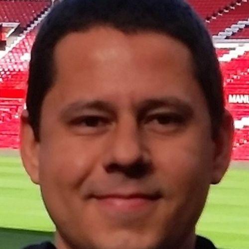 Pet Care Provider Felipe Oliveira's Profile Picture