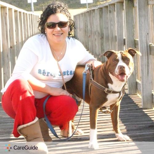 Pet Care Provider Noemi Cruz's Profile Picture