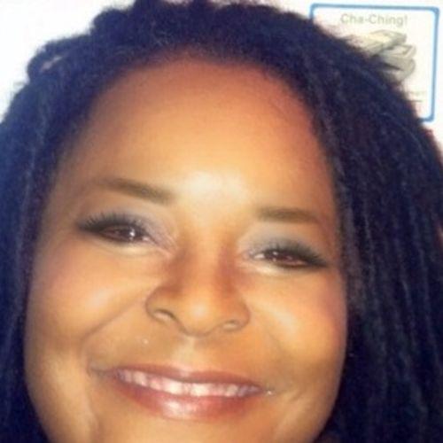 Pet Care Provider Michelle Allen's Profile Picture
