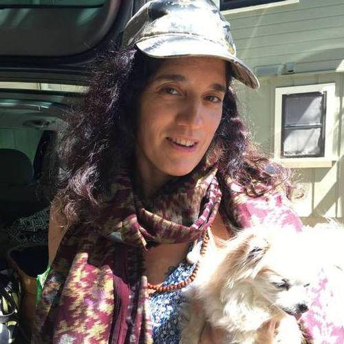 House Sitter Provider Amanda Cole's Profile Picture