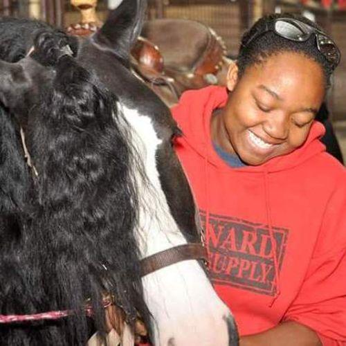 Pet Care Provider Laurisa F's Profile Picture