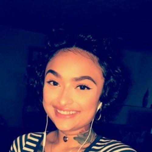 Housekeeper Provider Aolani Burd's Profile Picture