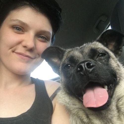 Pet Care Provider Natasha Lutz's Profile Picture