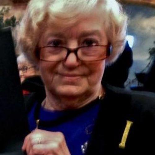 House Sitter Provider Sue Kramer's Profile Picture