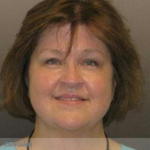 House Sitter Provider Mary K Holicky's Profile Picture