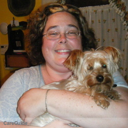 Pet Care Provider Desiree Floyd's Profile Picture