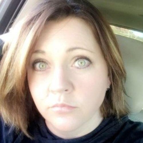 Pet Care Provider Amanda H's Profile Picture