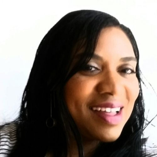 House Sitter Provider April McGee's Profile Picture