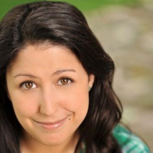 Writer Provider Laura M's Profile Picture