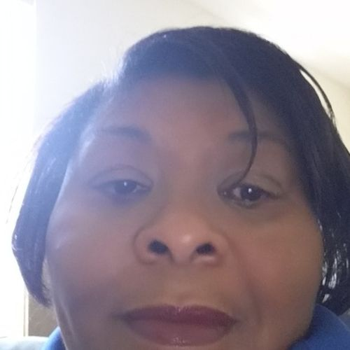 House Sitter Provider Shelia August's Profile Picture