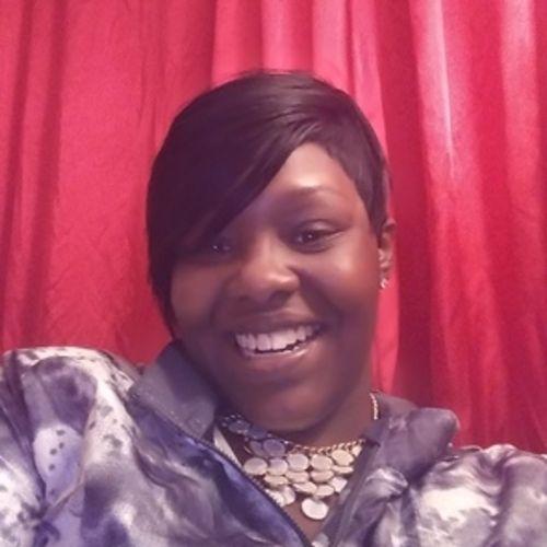 Housekeeper Provider Estasha Johnson's Profile Picture