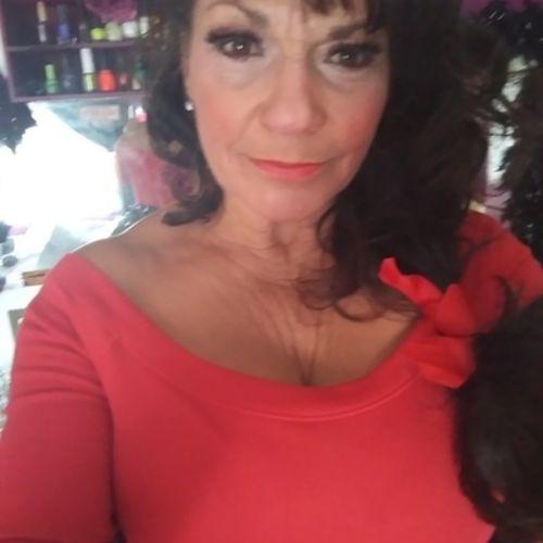 Pet Care Provider Bobbie Perez's Profile Picture