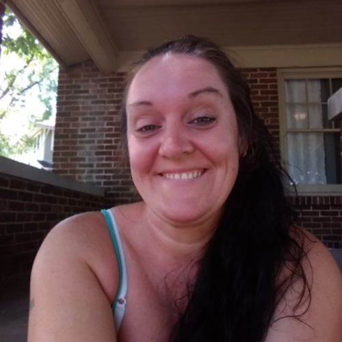 Housekeeper Provider Jennifer Roberson's Profile Picture