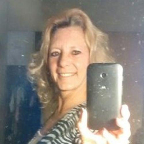 Elder Care Provider Rachelle C's Profile Picture