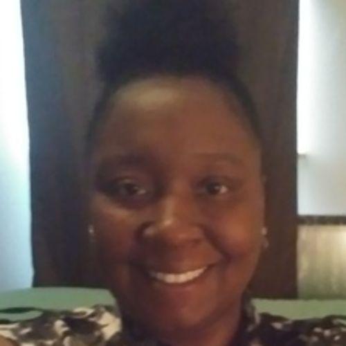House Sitter Provider Shatora M's Profile Picture