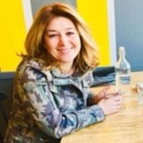 Elder Care Provider Lena R's Profile Picture