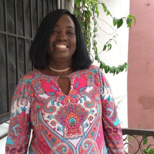 Canadian Nanny Provider Suzanne B's Profile Picture