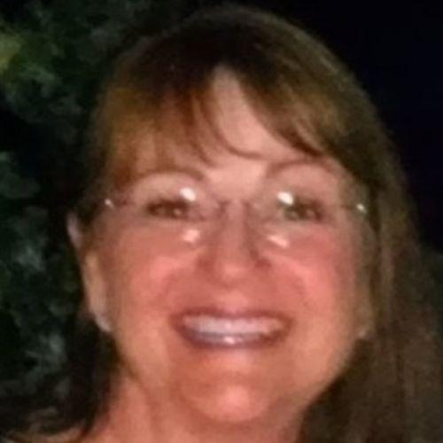 House Sitter Provider Kim M's Profile Picture