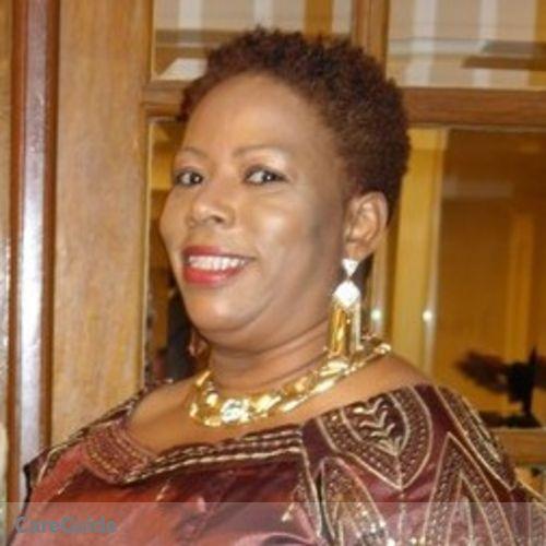 Housekeeper Provider Violet Elliston's Profile Picture